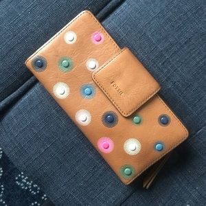 Fossil Tan Wallet with Navy Inside